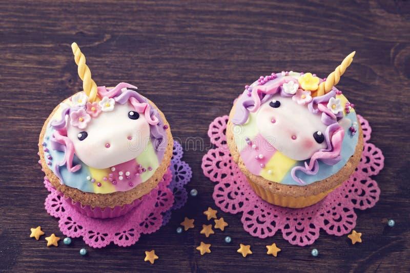 Petit gâteau de licorne photographie stock libre de droits