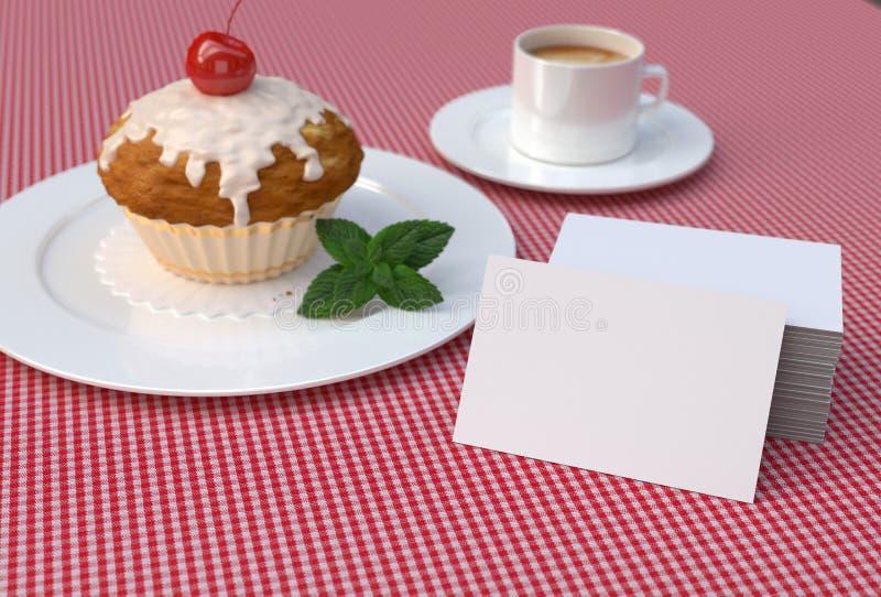 Petit gâteau rouge de cerise avec les cartes de visite professionnelle blanches et vierges de visite Maquette photos stock