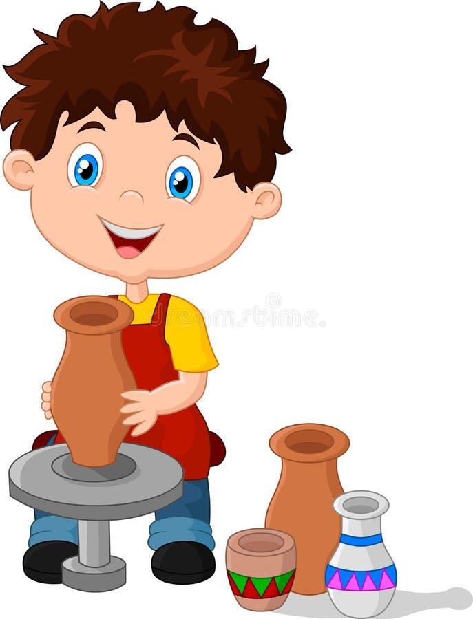 Petit garçon heureux créant un vase sur une roue de poterie illustration libre de droits