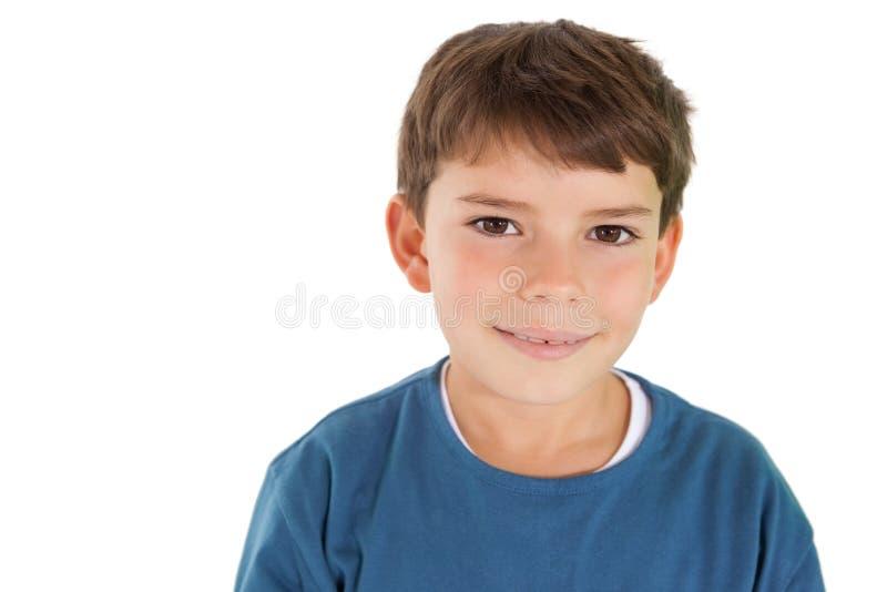 Petit garçon mignon souriant à l'appareil-photo photos stock