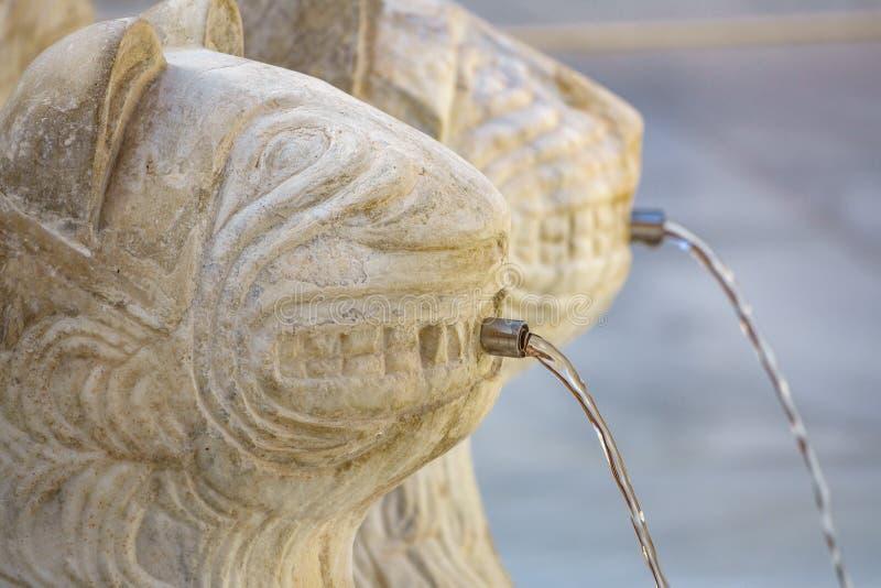 Petit groupe célèbre de Lion Fountain en Alhambra Palace, Grenade photos libres de droits