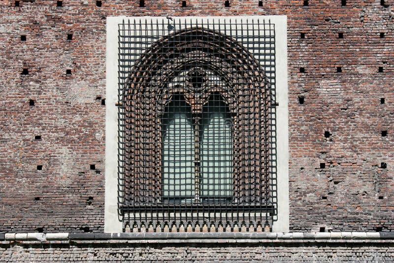 Petit groupe Milan Italy de Castello Sforzesco image stock