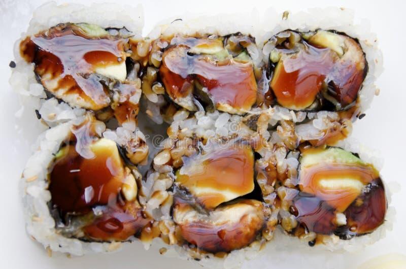 Petit pain de sushi d'anguille photographie stock