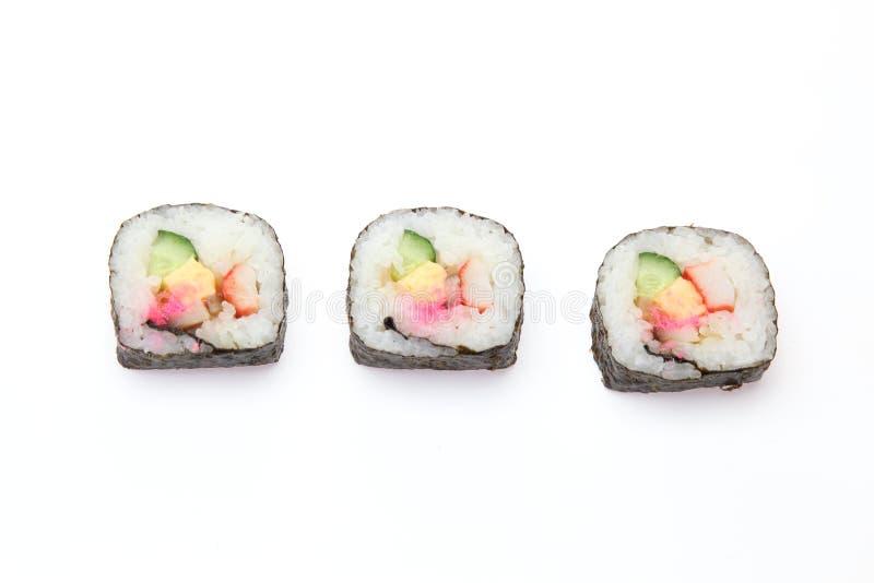 Petit pain de sushi dans un backgound blanc photo libre de droits