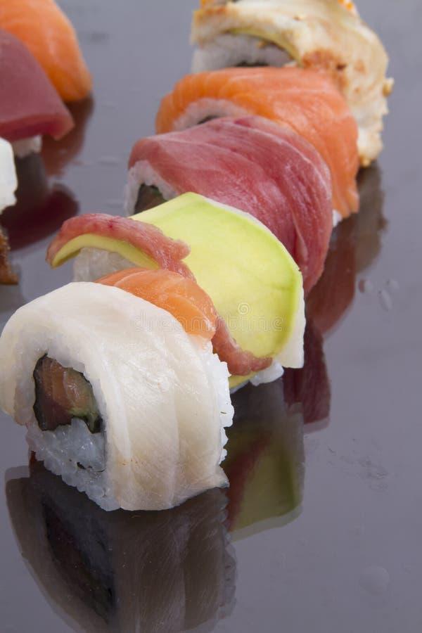 Petit pain et sauce de sushi photos stock