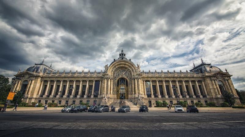 Petit Palais in Paris lizenzfreies stockbild