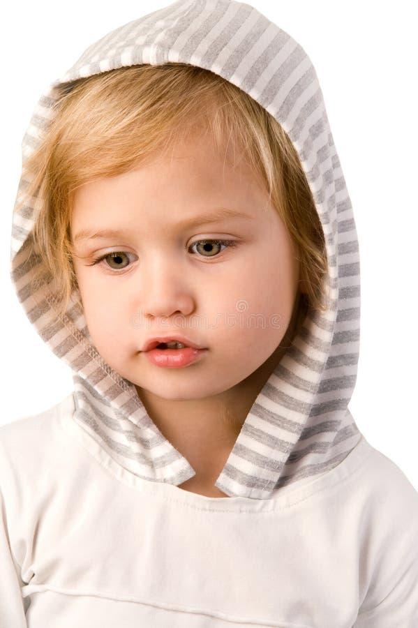 Petit plan rapproché mignon de fille sur le fond blanc photo stock