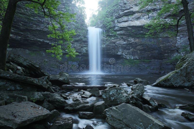 Petit van het parkcedar falls van de staat van Jean de cederkreek stock foto