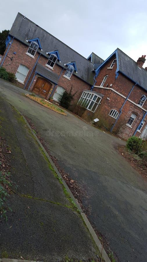 Petite école abandonnée photo libre de droits