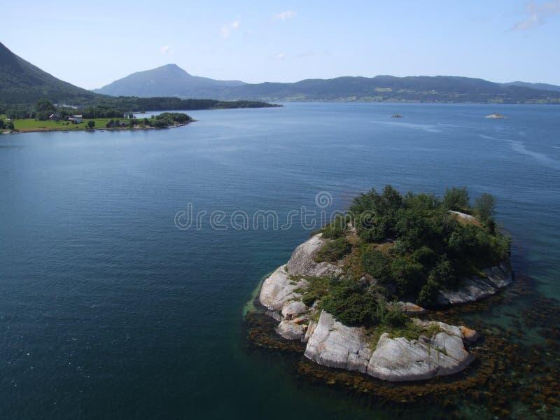 Petite île Rocheuse Photos stock
