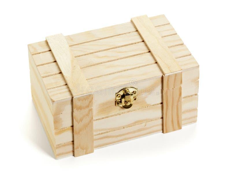 petite caisse en bois d 39 isolement image stock image du. Black Bedroom Furniture Sets. Home Design Ideas
