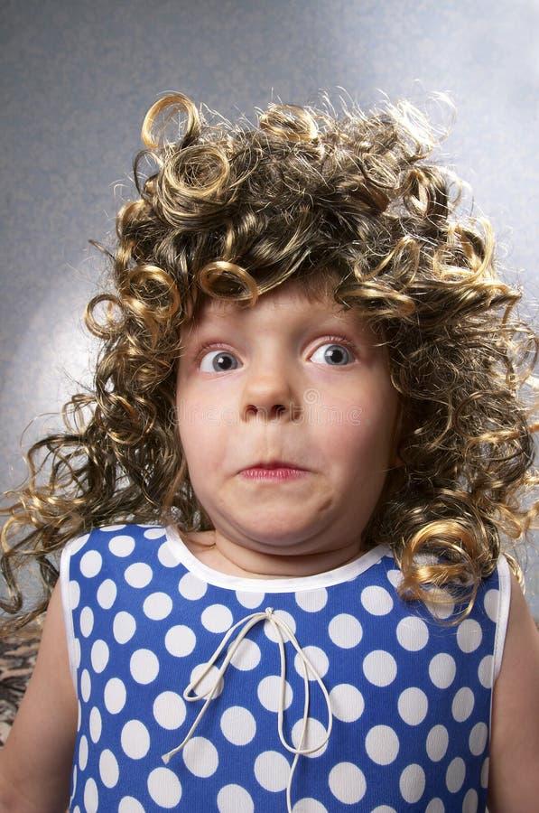 Petite fille étrange images stock