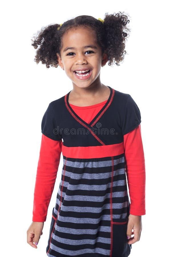 Petite fille africaine adorable avec beau photographie stock libre de droits