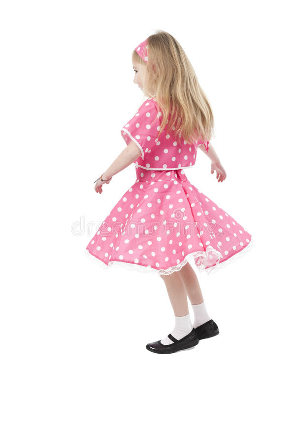 Petite fille de danse dans la robe rose images stock