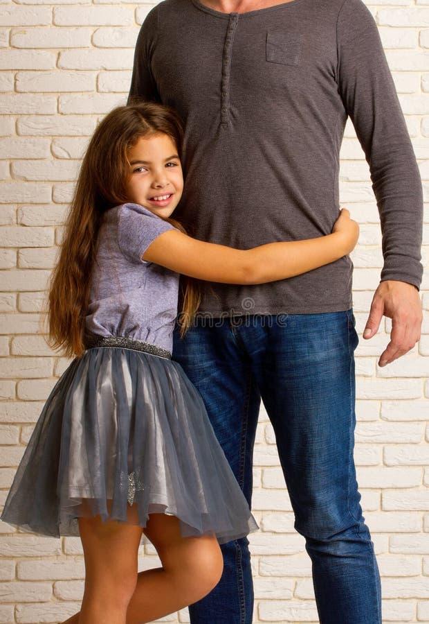 Petite fille du ` s de papa photo libre de droits