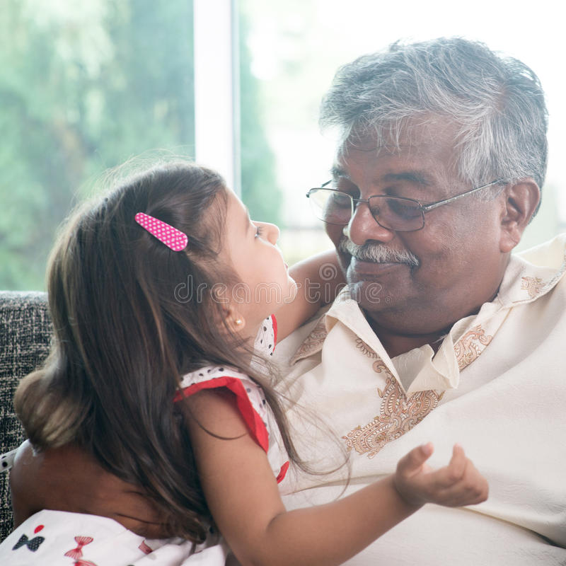 Petite-fille et père photos libres de droits