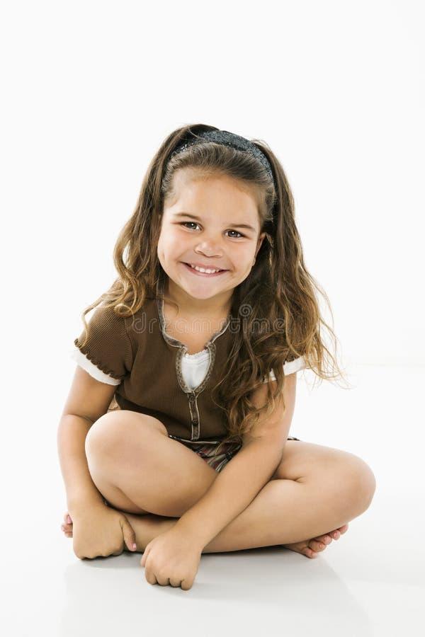 Petite fille hispanique de sourire. photos stock
