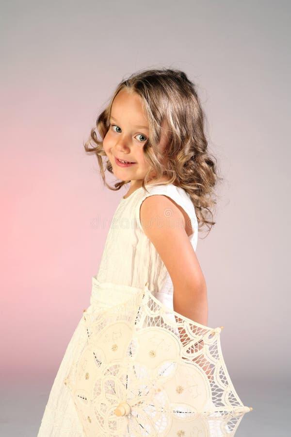 Petite fille timide photo libre de droits