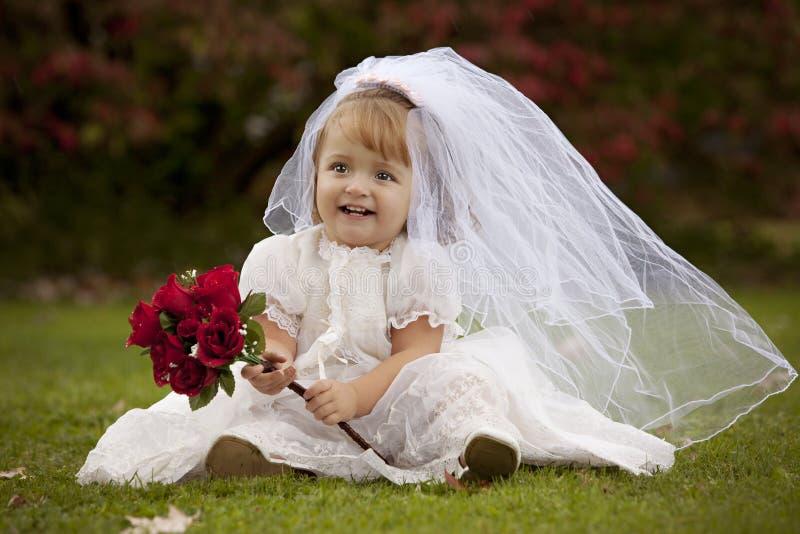 Petite mariée photographie stock libre de droits