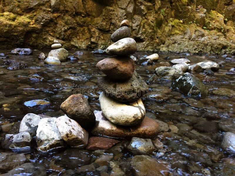 Petite pile de roche photographie stock
