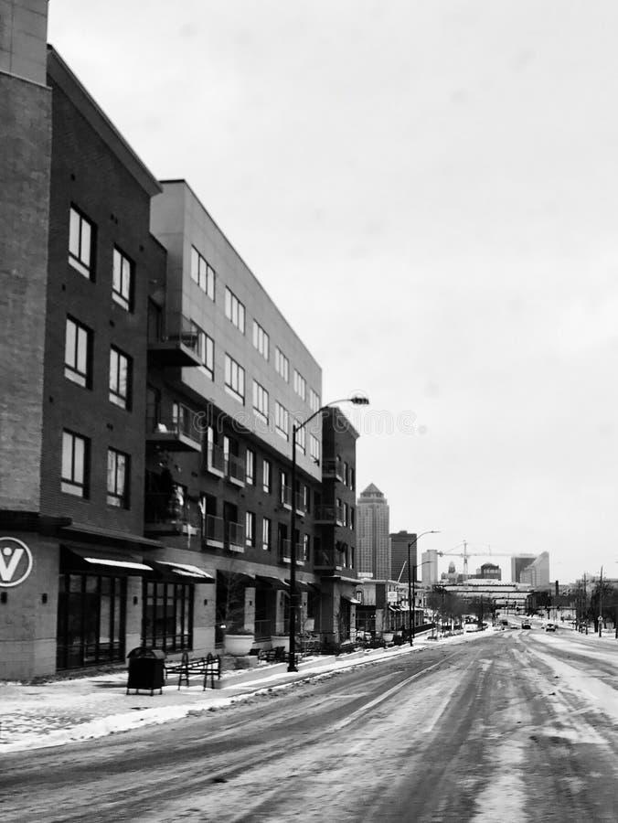 Petite rue de Des Moines à temps photographie stock