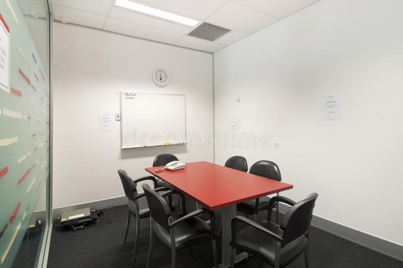 Petite salle de r union image stock image du inoccup 26731261 - Very small space of time image ...