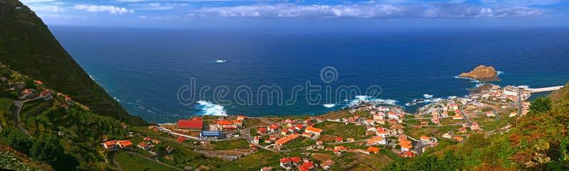 Petite ville d'océan photo libre de droits