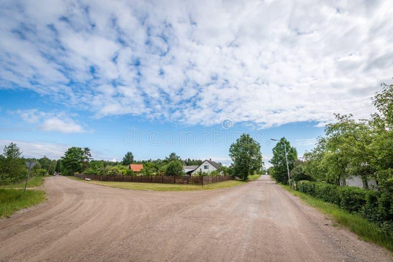 Petite ville letton Gulbene photographie stock libre de droits