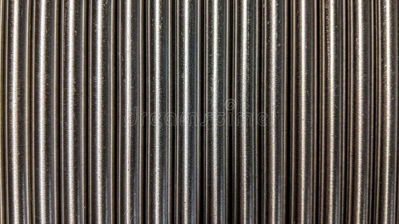 Petites barres alignées en métal illustration de vecteur