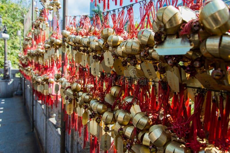 Petites cloches de prière images stock