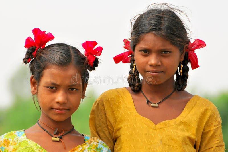 Petites filles de sourire photographie stock libre de droits