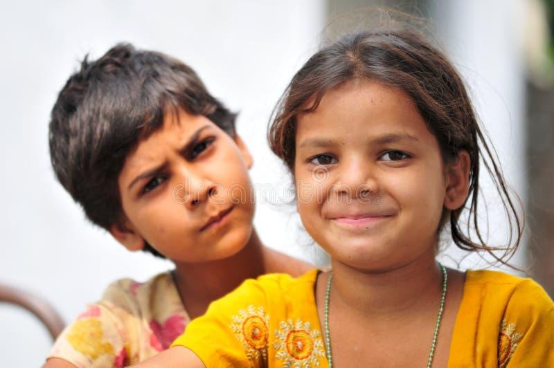 Petites filles heureuses photographie stock libre de droits