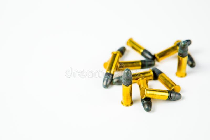 Petites munitions de tir de jante sur le blanc image libre de droits