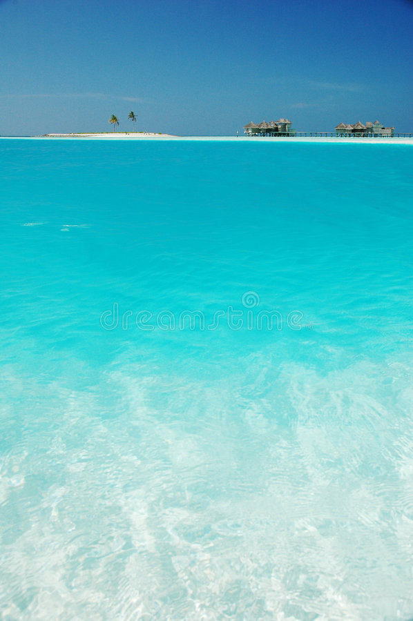 Petites salles tropicales d'île et de plage photo libre de droits