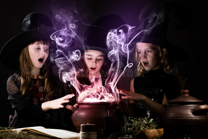Petites sorcières image stock