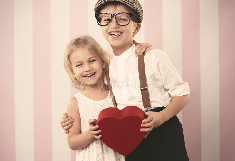 Petits couples mignons photographie stock libre de droits