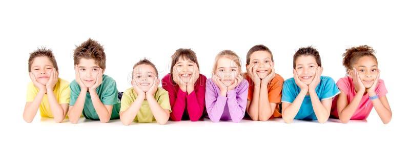 Petits enfants d'isolement dans le blanc photos stock