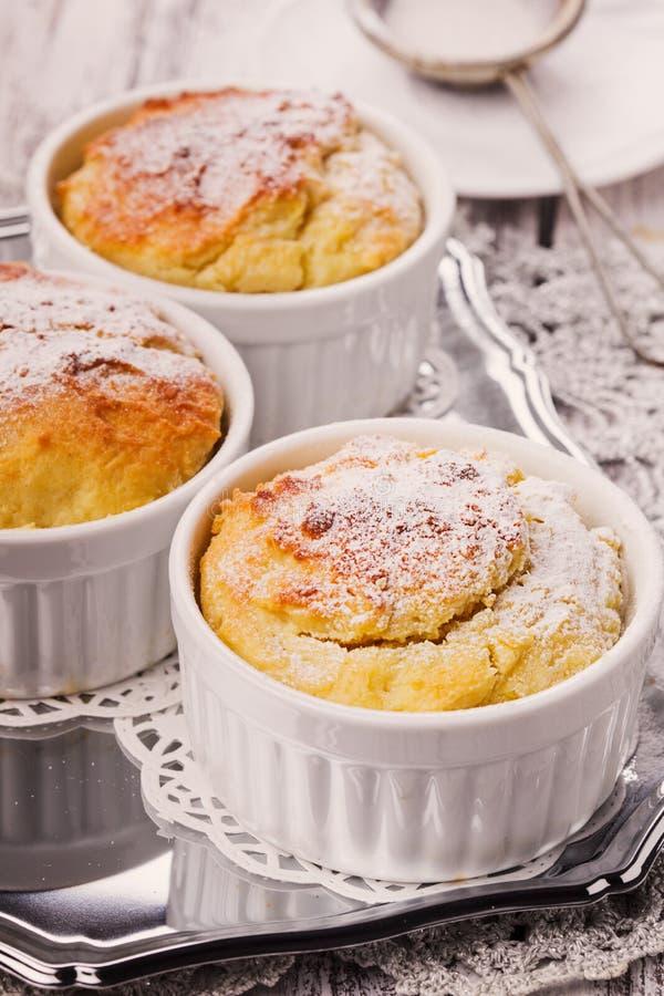 Petits gâteaux de fromage image libre de droits