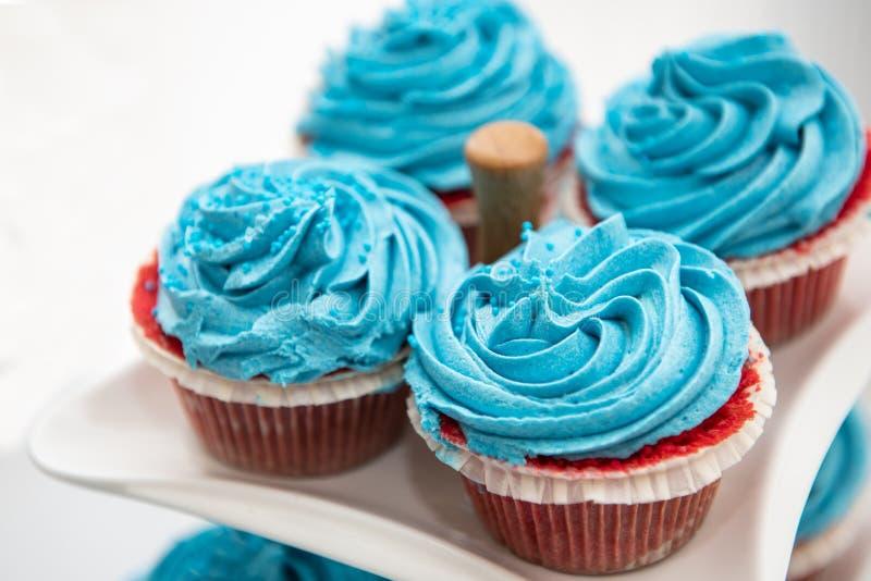 Petits gâteaux doux délicieux frais photographie stock