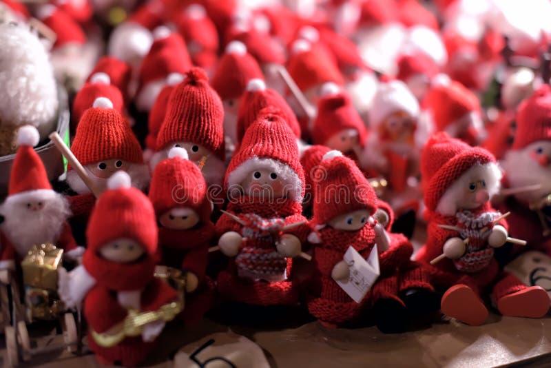 Petits gnomes Santa de souvenir photo stock