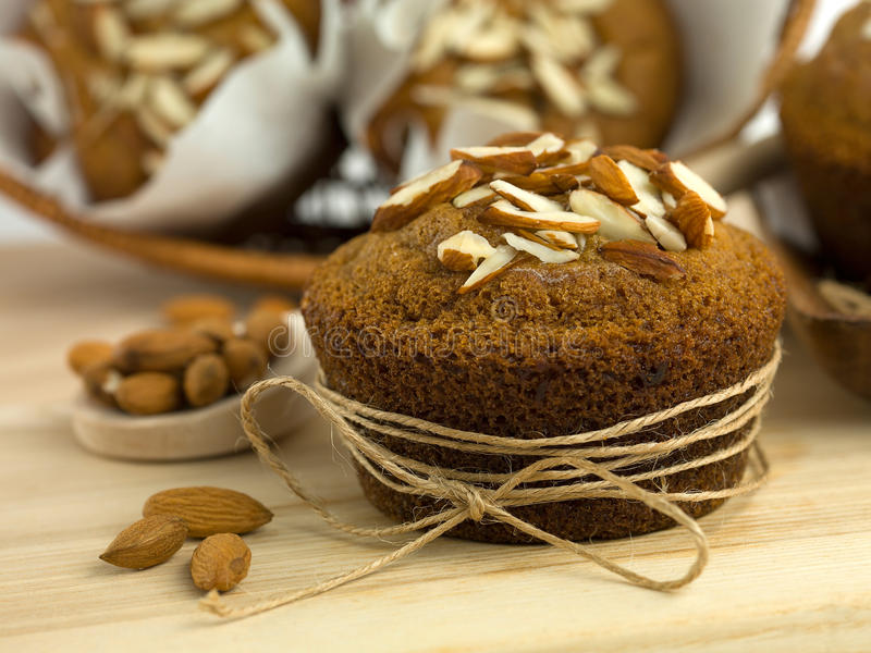 Petits pains délicieux d'amande photographie stock