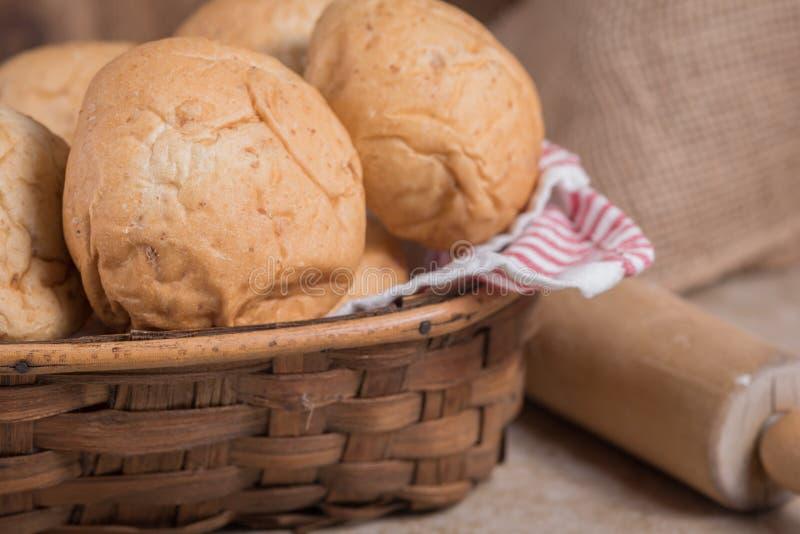 Petits pains de dîner de blé images libres de droits