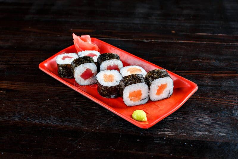 Petits pains de sushi réglés photos stock