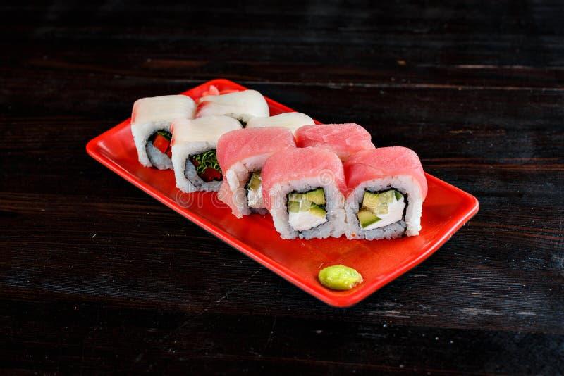 Petits pains de sushi réglés photographie stock libre de droits