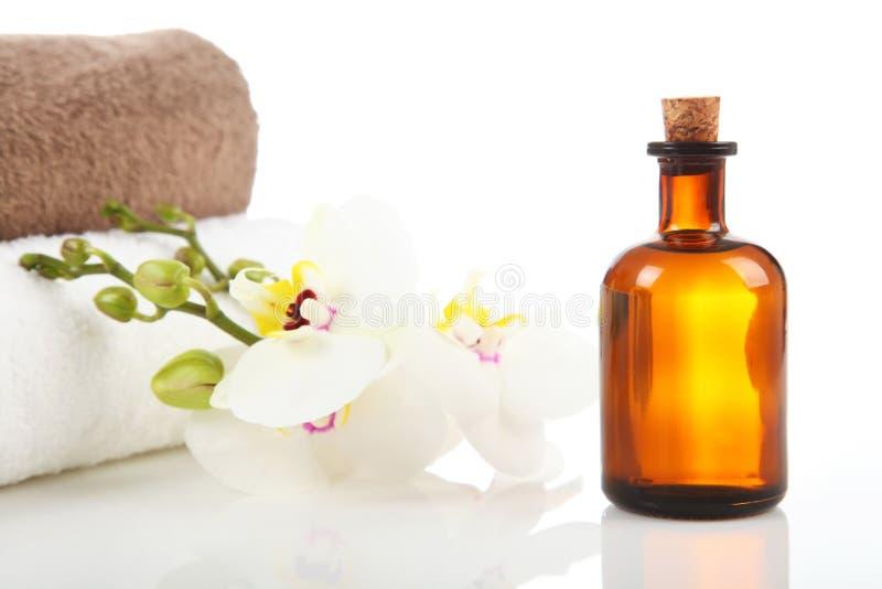 Petróleo da aromaterapia e da massagem imagens de stock royalty free
