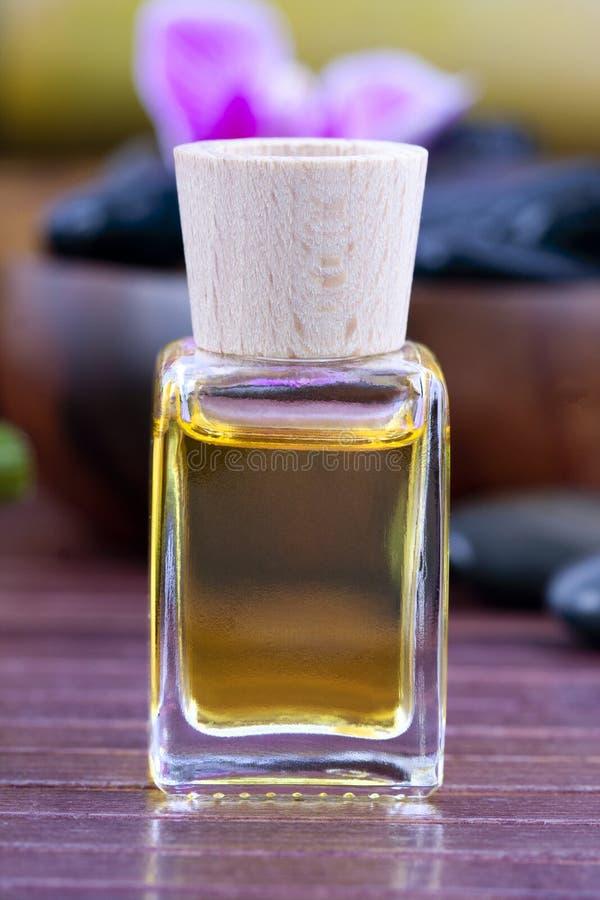 Petróleo del masaje foto de archivo
