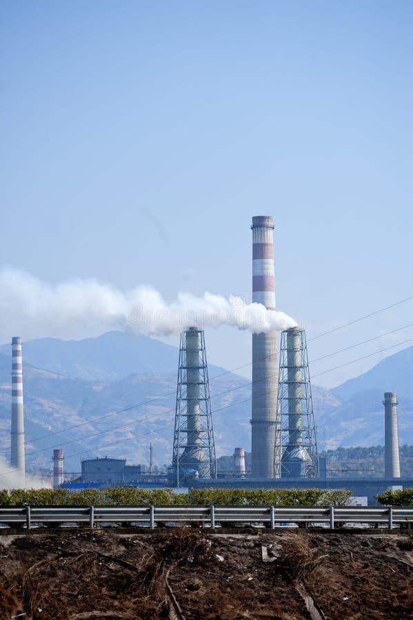 Petróleo e central química de China imagem de stock
