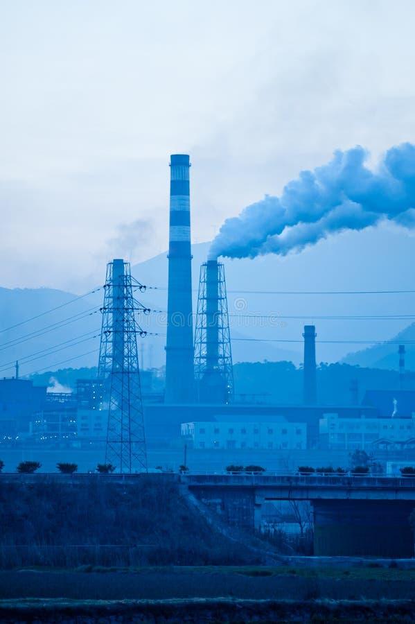 Petróleo e central química de China fotografia de stock