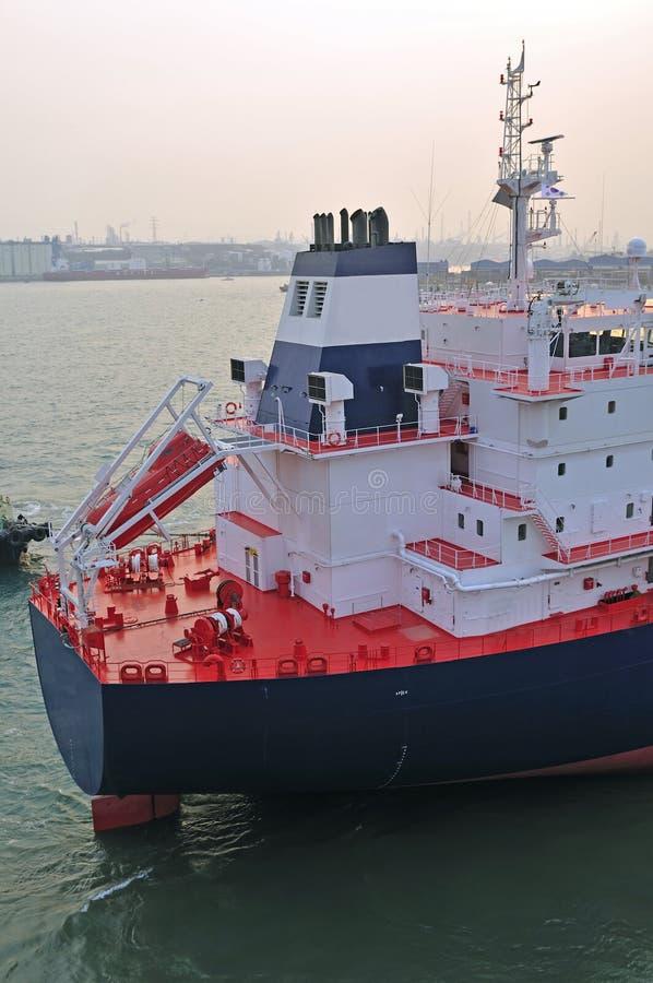 Petróleo e indústria do gás - petroleiro de petróleo do grude fotos de stock