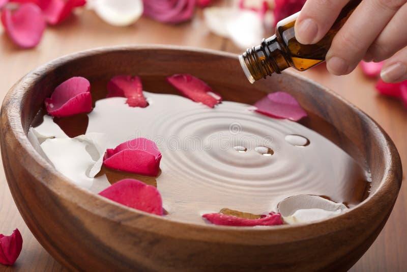 Petróleo esencial para aromatherapy fotografía de archivo